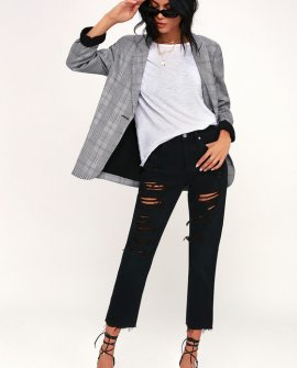 501 Cropped Black Distressed Jeans