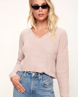 Beah Beige Chenille Cropped Sweater
