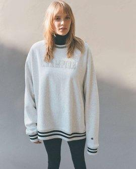 Champion UO Exclusive Classic Reverse Weave Sweatshirt
