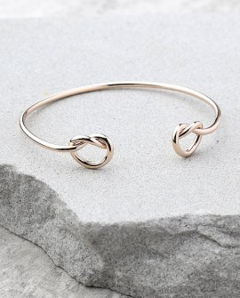 Do the Twist Rose Gold Bracelet