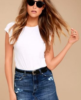 EVIDNT Joanna Dark Wash Distressed Denim Mini Skirt