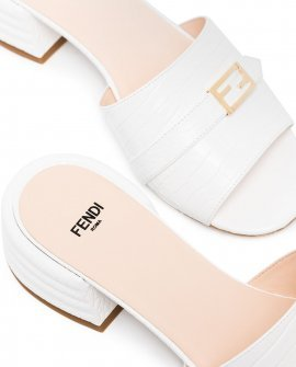 Fendi 35mm leather mules