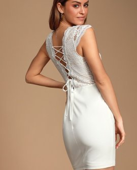 Give a Glam White Lace Lace-Up Bodycon Dress