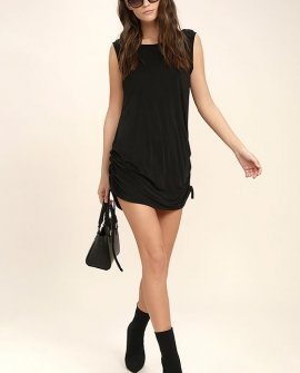 Hey Girl Black Shift Dress