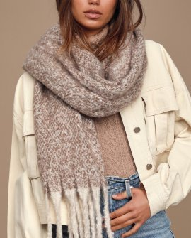 Hold Me Closer Light Grey Knit Scarf