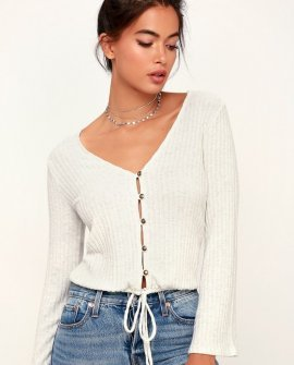 Jaidra Ivory Button-Front Bell Sleeve Top