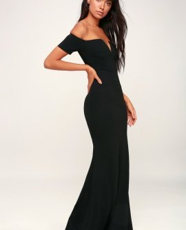 Lynne Black Off-the-Shoulder Maxi Dress