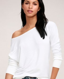 Travis White Long Sleeve Sweater Top