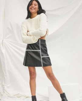 UO Pepper Pullover Cropped Sweater