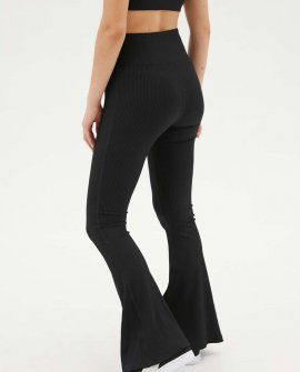 Year Of Ours Ribbed Flare Legging