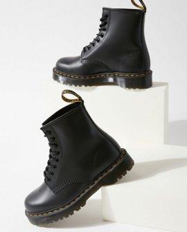 Dr. Martens 1460 Bex 8-Eye Boot