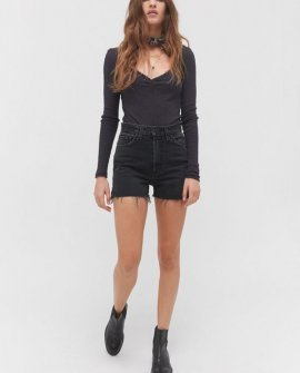 BDG Girlfriend High-Waisted Denim Short – Black Denim