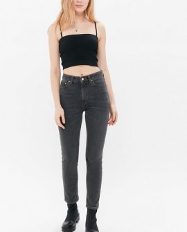 BDG Girlfriend High-Waisted Jean – Washed Black Denim